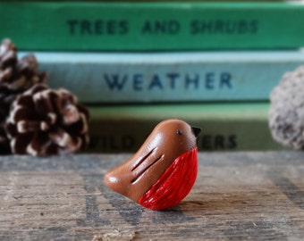 By the Shed Robin Bird Pin Badge - Lapel Badge - Tie Pin - Garden Birds - Fruit - Allotment - Bird Watching - Brown Red - Christmas Robin