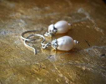Baroque pearl drop earrings | Very large white pearl dangle earrings | Pearl bridal earrings | 925 Sterling silver bridesmaid | Gift for her