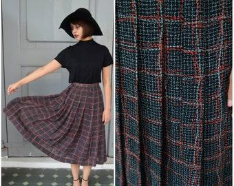 1970 Vintage Skirt/ Scarlette's Web Skirt/ Small Skirt/ Black Skirt/ Midi Skirt/ Pleated Skirt/ Flowy Skirt/ Sunday Skirt/ Grid Skirt/ 70's