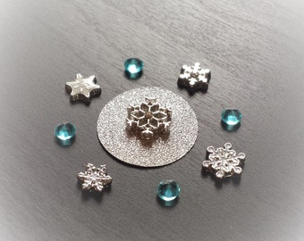 Snowflake Floating Charm Set for Floating Lockets-10 Pieces-Gift Idea