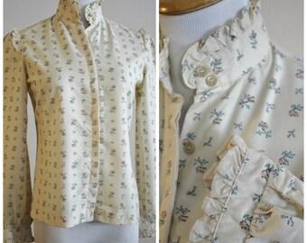Vintage 70's Boho Cream Ruffled Peasant Blouse Top Shirt Petite Cross Stitch Flowers Beaujolais