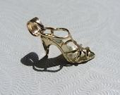 14k Gold 3D High Heel Shoe With Diamond Cut Heels Charm/Pendant  .99g