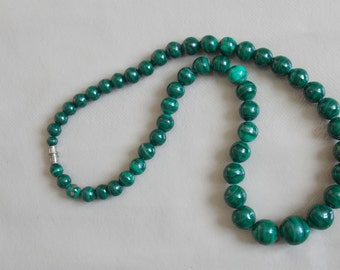 vintage malachite necklace beads necklace old green stone