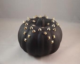 Spiked Foam Pumpkins