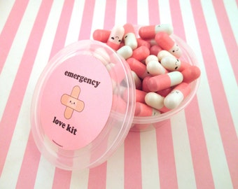 Emergency Love Pill Kit Light Pink Wish Pill Capsule with a Message Inside, Write Your Own Message, E67