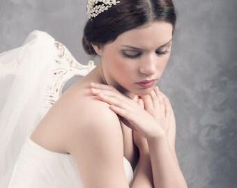 Bridal buds headpiece. Bridal headpiece. Wedding headpiece. Brida l floral headpiece. wedding headpiece. Style 538