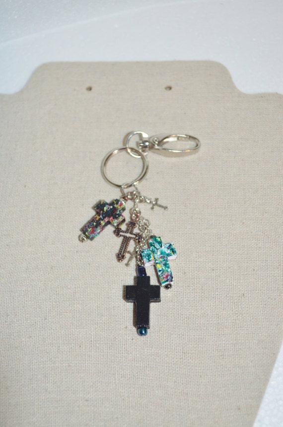 Keychain Sivel Clip Crosses, Wood Cross Keychain, Cross Charm Keychain, Hand Painted Crosses on Swivel Clip, 1 of a kind Cross Keychain Clip