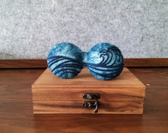 Needle felted unique textile artisan bow tie, packaged in wooden box.New year new start.Free shipping.--20151231 Sailing.