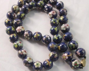 Vintage Hand Knotted Cloisonne Blue floral beaded Necklace