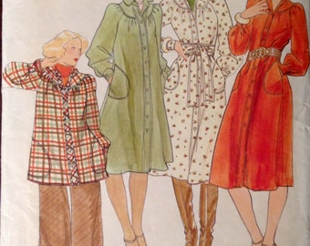 Butterick 4480 - 1970s Round Yoke Collared Dress or Top - Size 10