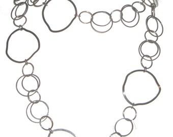 Interlocking Linked Rings Chain Necklace - Steampunk - Modern - Machine Age - Interlocking Circles - Bronze - Gun Metal Silver