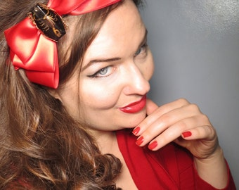 Scorpio Hair Bow in Red