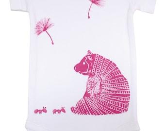 Onesie bear pink, hand-stamped
