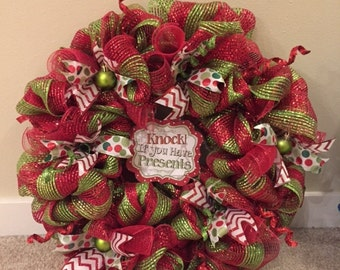 Knock! If You Have Presents Wreath, Christmas Wreath, Red and Green Wreath, Holiday Wreath, Decomesh Wreath, Christmas Decoration