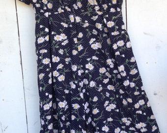 90s daisy jumpsuit, 90s rayon jumpsuit, floral jumpsuit, daisy romper, floral daisy playsuit romper,