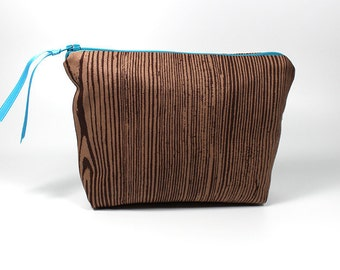 Brown Wood Grain Zipper Pouch