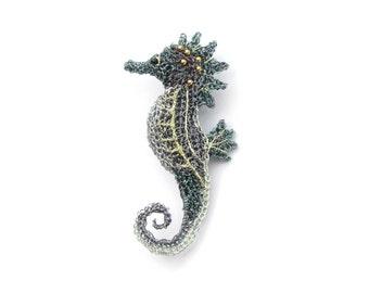 Seahorse brooch - seahorse jewelry, animal brooch, crochet wire jewelry, sea creature, handcrafted accessories , sea dragon
