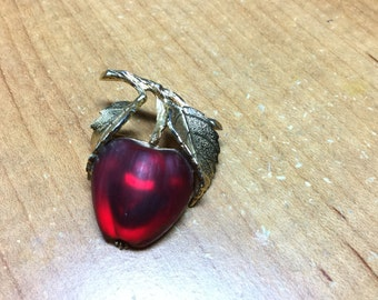 Napier Apple Pin - Vintage Red Glass Apple - figural Napier Brooch - Forbidden Fruit - EPSTEAM apple - 1960 -1970 jewelry - Fruit jewelry