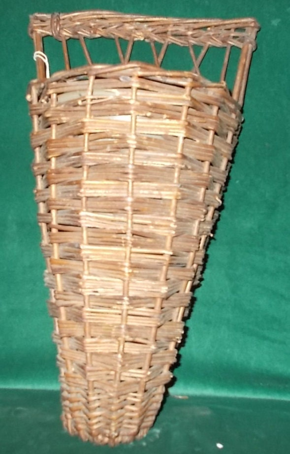 Wicker Wall Planter With Tin Insert Flat By