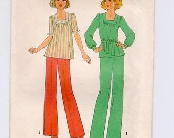1970s Simplicity 7985 Misses Simple Wide Leg Pants & Top Pattern  Size 12 Bust 34 Vintage Womens Sewing Patterns Uncut