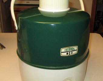 Vintage Forest Green & White Thermos 2 gallon Water Jug. 1960s metal outside, plastic inside, picnic, tailgating