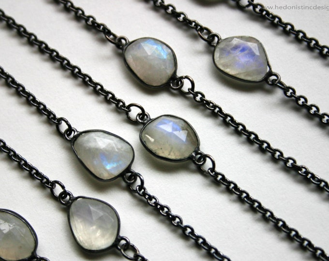 Petite Rainbow Moonstone Gunmetal Necklace // Minimal Rainbow Moonstone Layering Necklace