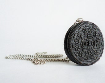 Realistic Life Size Oreo Necklace Cookie Food Plastic Jewelry Pendant Charm