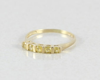 10k Yellow Gold  Yellow Topaz Band Stackable Ring Size 8