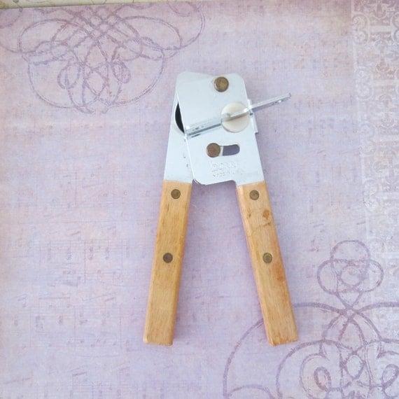Vintage swing away can opener
