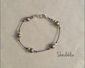 Pearl bracelet, freshwater pear bracelet, dainty bracelet, delicate bracelet, freshwater pearl, pink, gray pearls,pink and gray