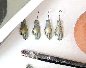 Frida Kahlo earrings/Hand earrings/Gold earrings/Art earrings/Delicate earrings/Gift fot her/Valentines gift