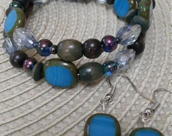 Beaded bracelet and matching earrings