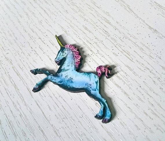 Unicorn badge - Wooden unicorn pin, Fairytale brooch, Pastel Goth unicorn, Stocking stuffer, Secret Santa Gift, Princes Fancy Dress