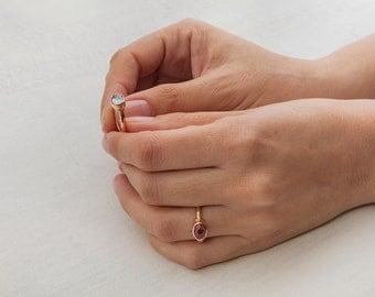 Minimal Aquamarine Ring, 18k Rose Gold Aquamarine Ring, March Birthstone Ring, Women's Gem Stone Ring, Aquamarine Cabochon Ring Oval
