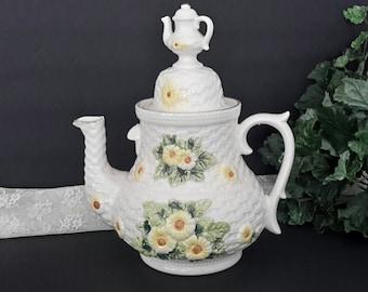 Unique Cookie Jar, Rustic Daisy Teapot Cookie Jar, Vintage Lefton Cookie Jar, Vintage Kitchen, Mid Century Kitchen