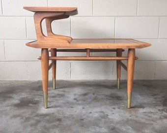 MidCentury modern Lane two tiered side table - Vintage end table - 1950's - mad men era