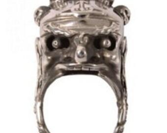 Vivienne westwood Himalayan skull 3D ring sterling silver