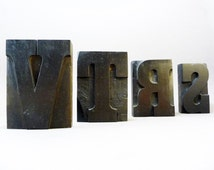 1930 Wooden Letter Block, 3.5 inches high, R, S, T, V, french vintage letterpress, hand-carved, Paris, Vintage for Hipster, industrial decor