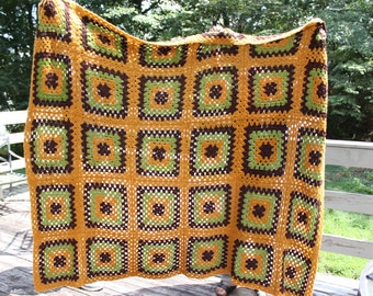 Vintage 1970's Crochet Knitted Blanket Knit Patchwork Blanket Patchwork Knit Bedspread Handmade Blanket Vintage Bedding Vintage Home Decor