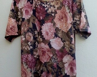 20% HOT SUMMER SALE Vintage 90s Five Japan Floral Top Tropical full print Ladies Fashion