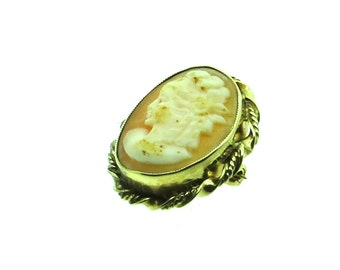Small Cameo Brooch in 9ct Gold Mount (SKU269)