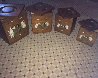 Vintage rooster besting boxes