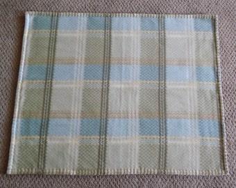 Fleece Pet Blanket, Small, Plaid