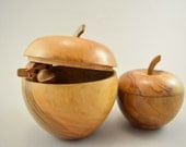 Set of two apple made of wood, hand carved, trinket box, wooden apple, casket, jevelry storage
