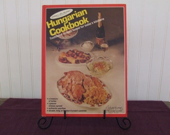 Hungarian Cookbook, Culinary arts Institute, Vintage Cookbook, 1982