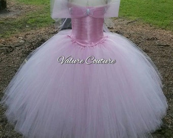 Glinda Good Witch Wizard Of Oz Inspired Tutu Dress         Facebook.com/ValureCouture           Pinterest.com/ValureCouture