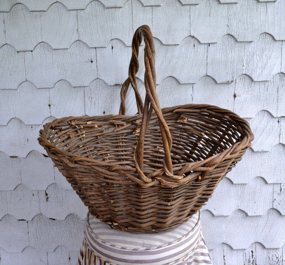 How To Weave A Basket Out Of Twigs : Willow gathering basket vintage huge hand by chicmousevintage