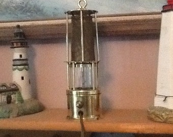 Vintage miners style electric lamp