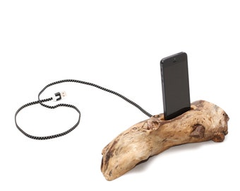 Wooden iPhone holder / charger whit fabric cord 006