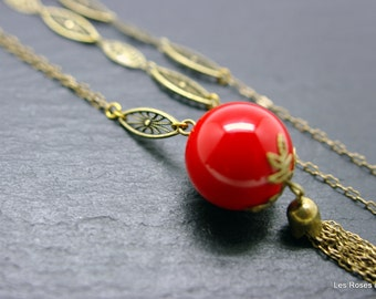 Long necklace, art deco